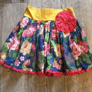 Persnickety • floral patterned skirt • 7 years EUC